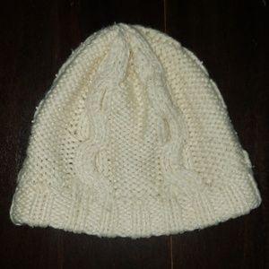 GIRL'S GAP OFF WHITE/ CREAM PEARL WINTER HAT